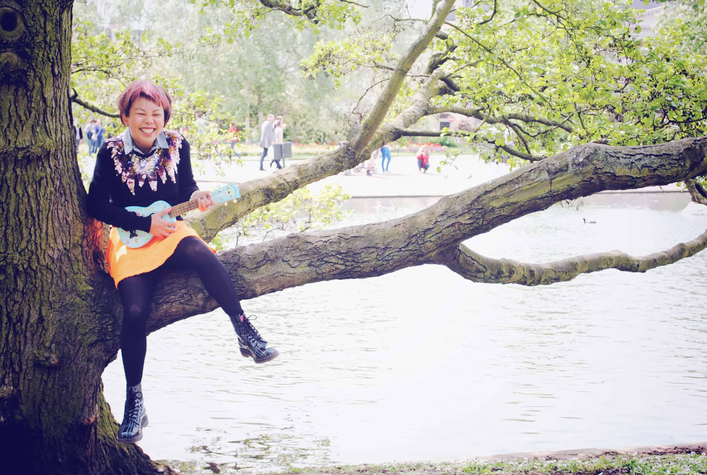 Regents Park with my ukulele
