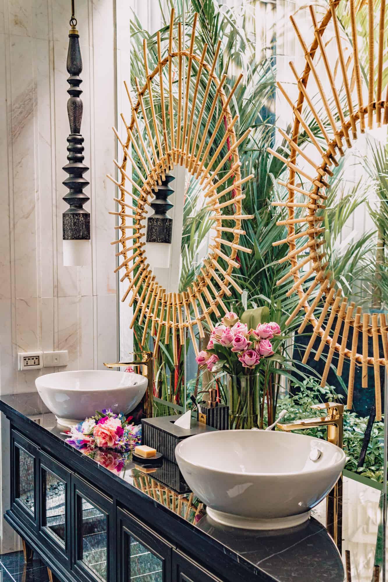 Shinta Mani Bensley Bathroom
