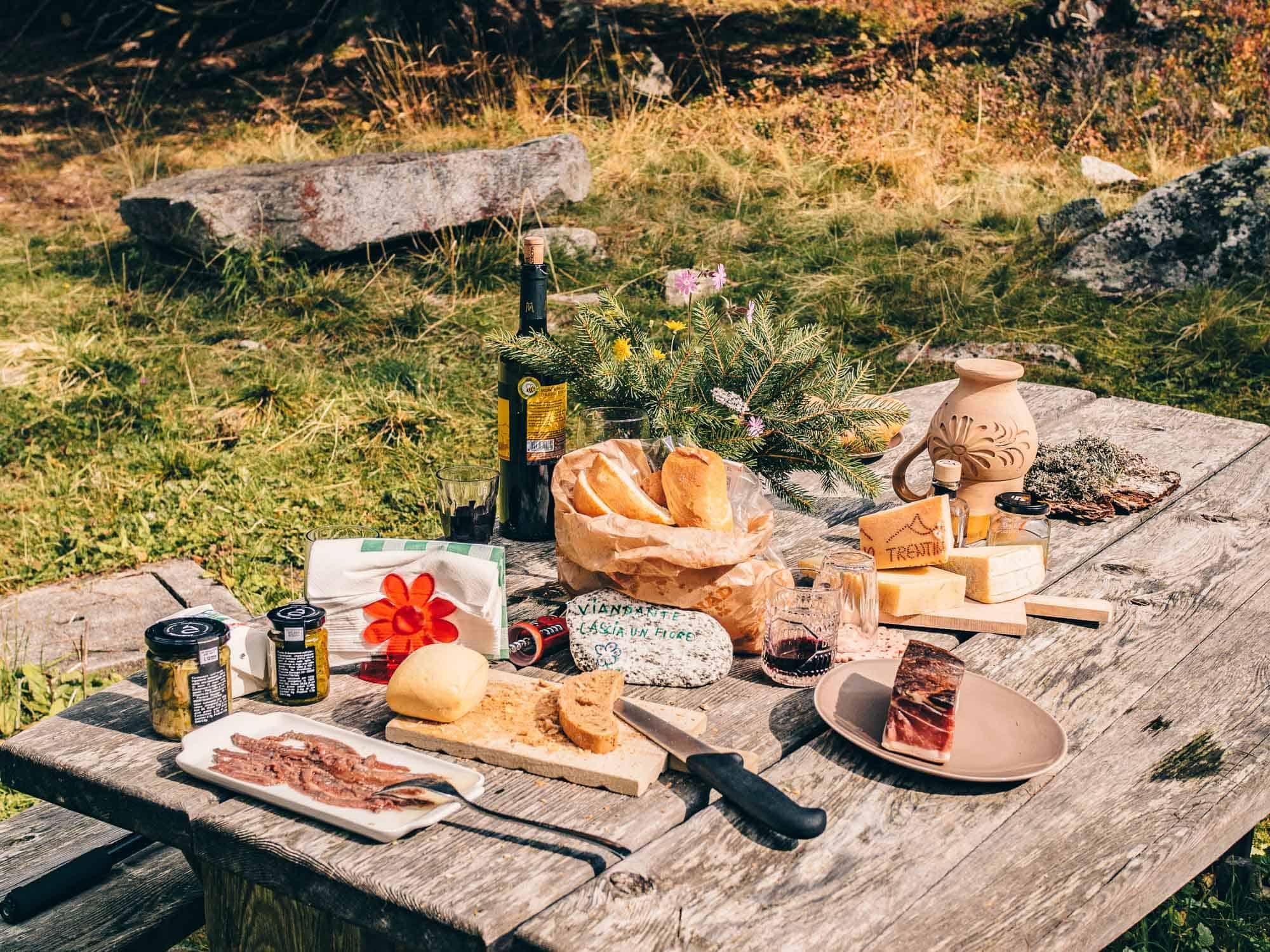 lago nambino picnic