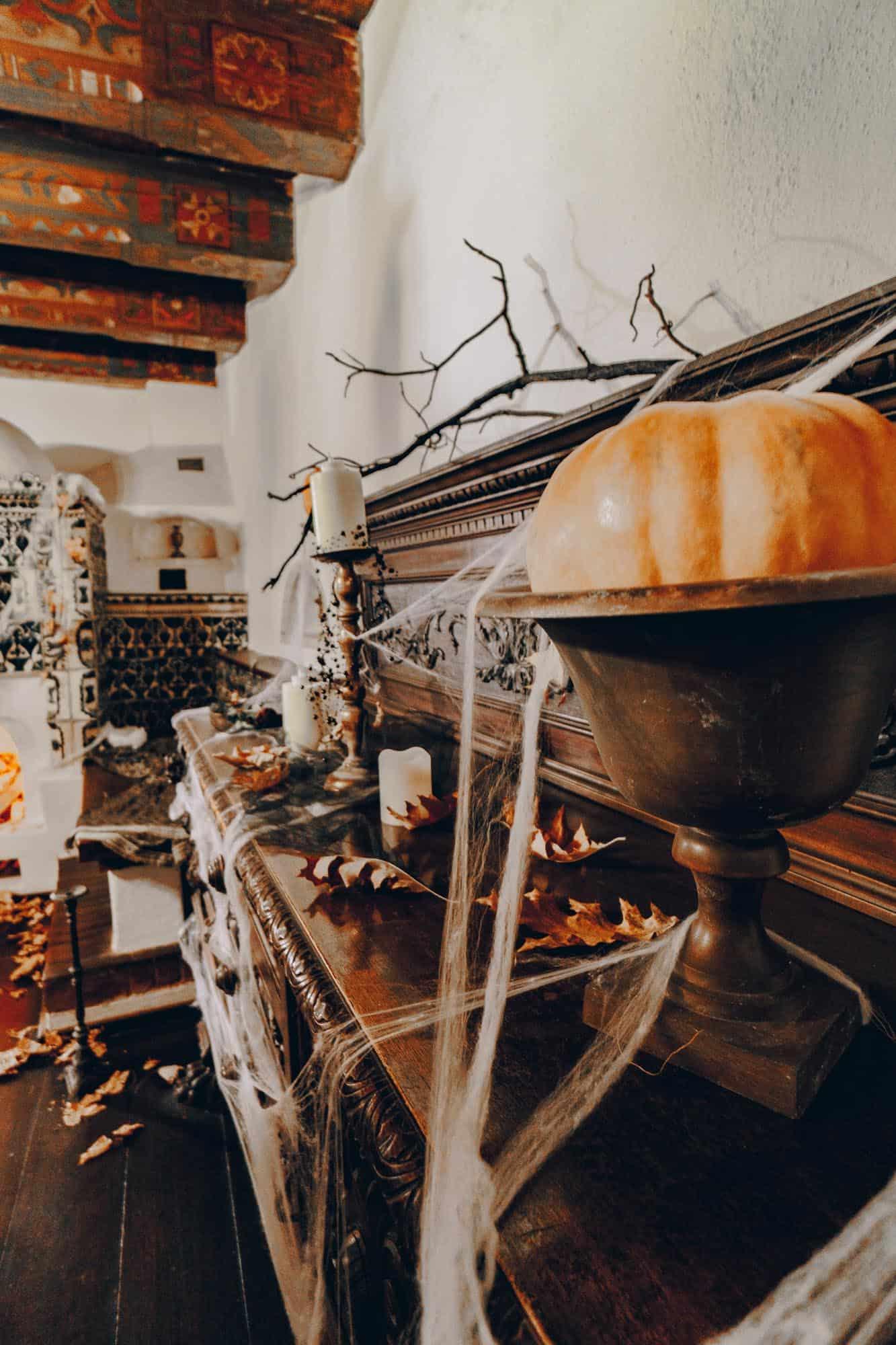 halloween bran castle tour
