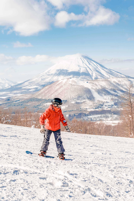 rusutsu snowboarding